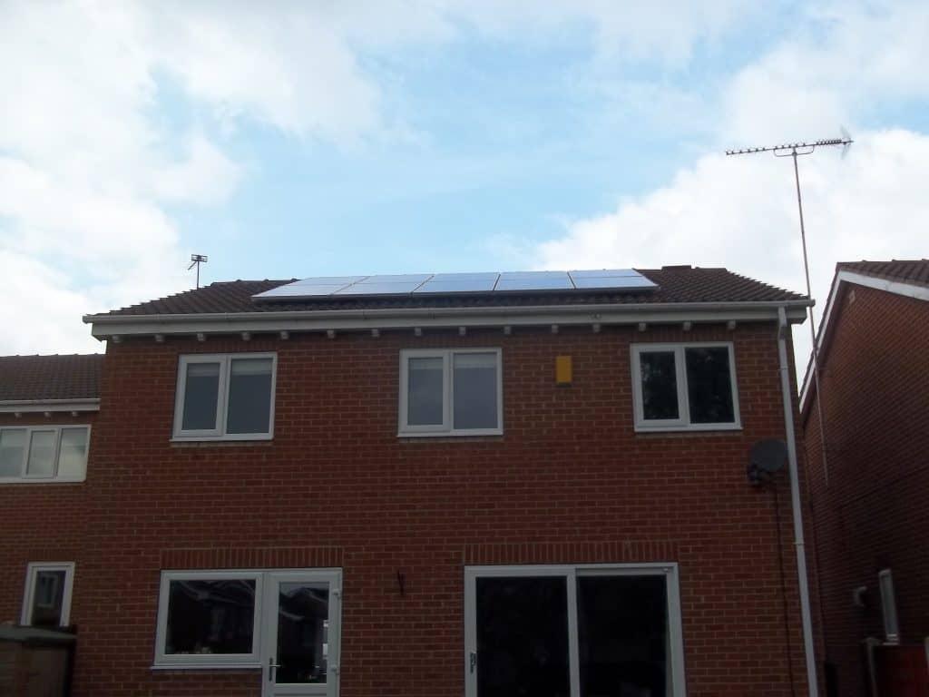 10 Solar Panels Leeds